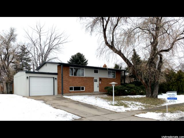 Cottonwood Heights Split-Entry/Bi-Level built 1964