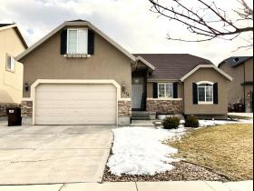 3274 E APPALOOSA WAY, Eagle Mountain UT 84005