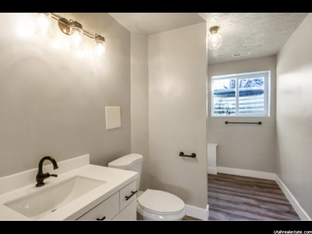 Photo 26 for MLS #1586756 at 752 W 400 South