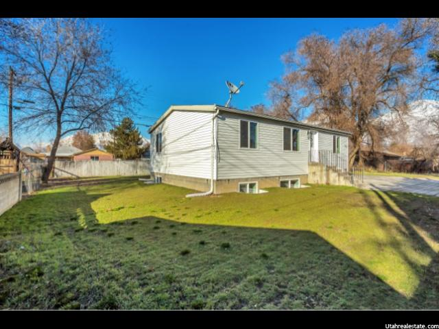 Photo 4 for MLS #1586756 at 752 W 400 South