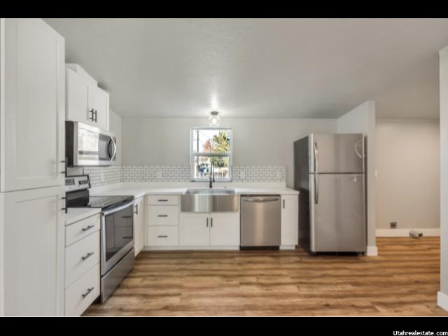 Photo 10 for MLS #1586756 at 752 W 400 South