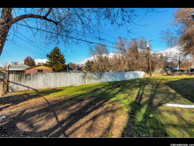 Photo 5 for MLS #1586756 at 752 W 400 South