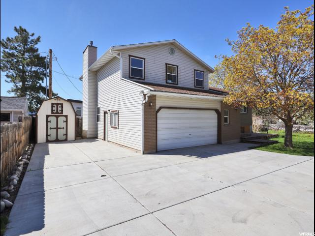 Home for sale at 3212 S 1970 East, Salt Lake City, UT 84109. Listed at 480000 with 5 bedrooms, 3 bathrooms and 3,032 total square feet