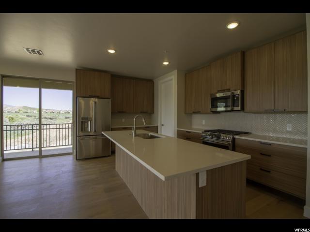 Your Dream Utah Property 415 000 271 N Country Ln 17