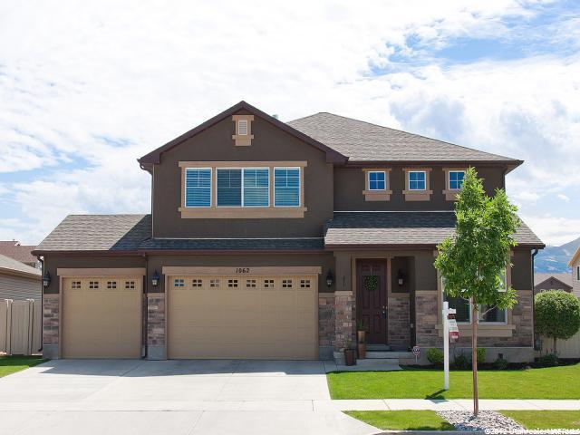 1062 N FOX HOLLOW DR, North Salt Lake UT 84054