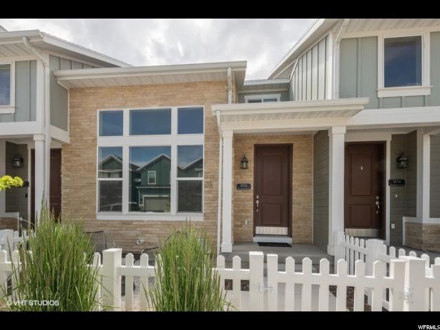 Herriman Townhouse: Row-mid built 2016