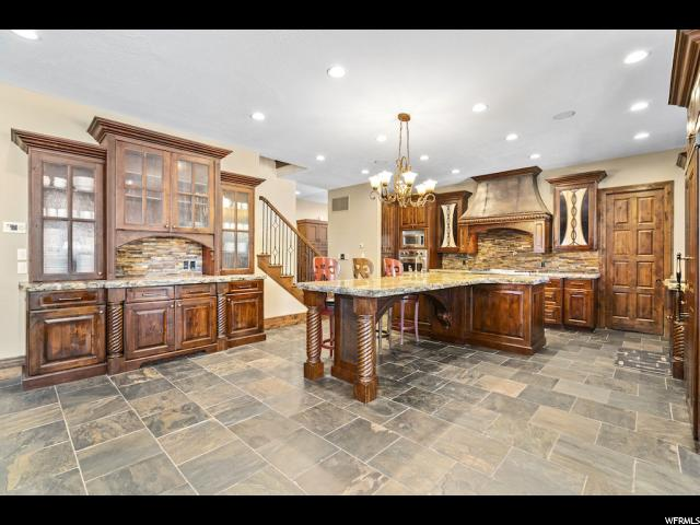 Built-In Hutch, Large Island