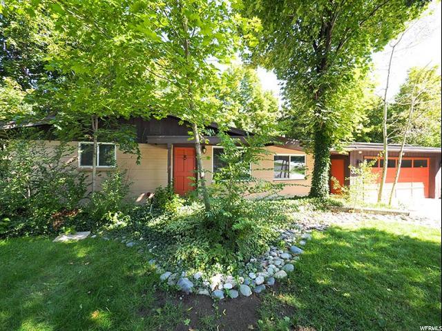 3585 WINESAP RD, Cottonwood Heights, Utah 84121, 5 Bedrooms Bedrooms, ,2 BathroomsBathrooms,Single Family,For Sale,WINESAP ,1634234