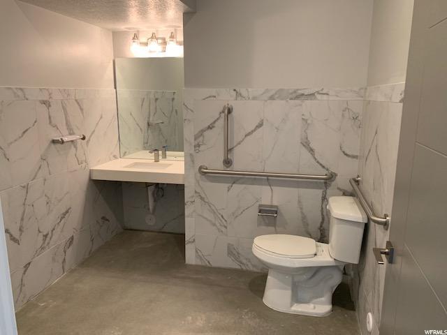 Large ADA bathroom in Retail/office
