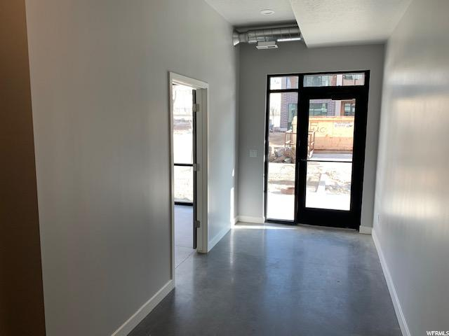 Retail Entry with waiting area
