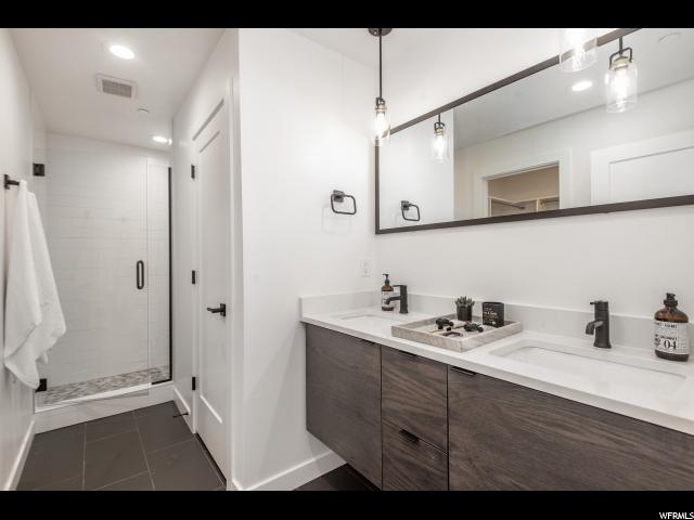 Master Bath - Dual Vanity Oversized Walk in Tile Shower