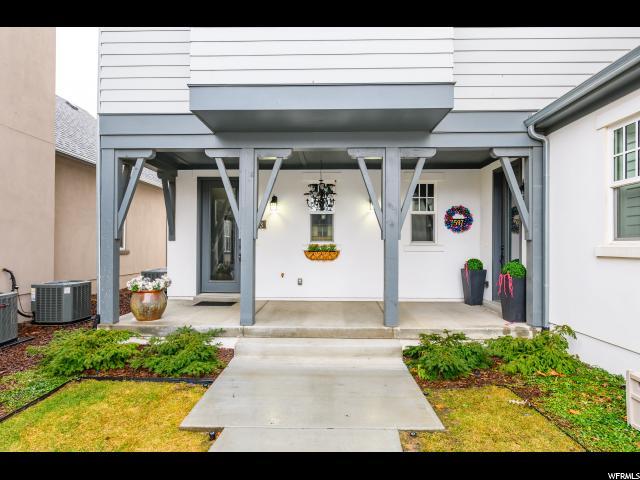 4593 W CROSSWATER RD, South Jordan, Utah 84009, 2 Bedrooms Bedrooms, ,2 BathroomsBathrooms,Townhouse,For Sale,CROSSWATER,1651198