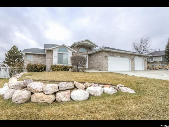 7422 S FOX TAIL BAY, West Jordan UT 84084