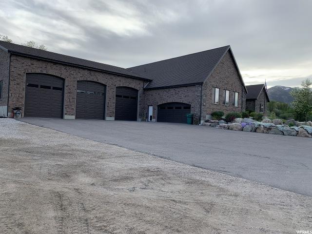 Garage/Shop is 3324 sq ft