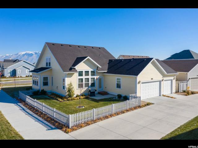 10568 S SPLIT ROCK DR, South Jordan UT 84009