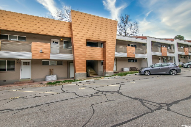 650 300, Salt Lake City, Utah 84103, 2 Bedrooms Bedrooms, 5 Rooms Rooms,1 BathroomBathrooms,Residential Lease,For Sale,300,1658741