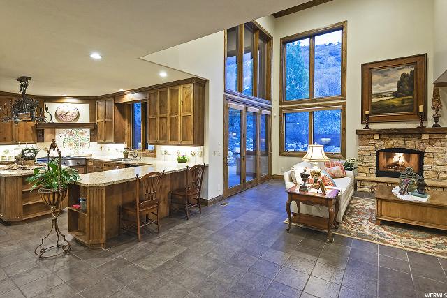 3608 Crest Mount, Holladay, Utah 84121, 4 Bedrooms Bedrooms, 20 Rooms Rooms,2 BathroomsBathrooms,Residential,For sale,Crest Mount,1661527