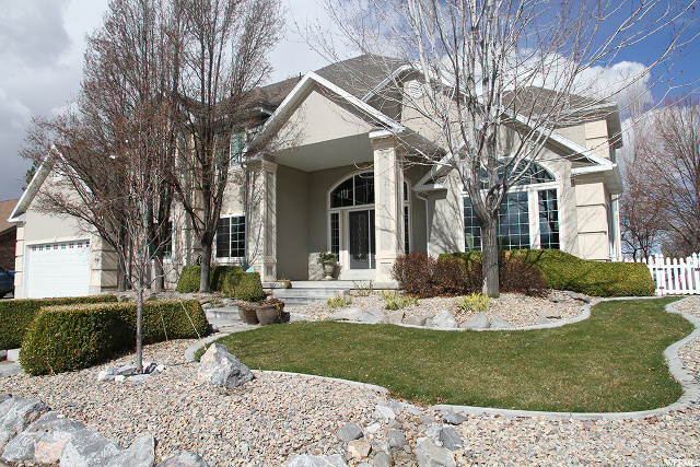69 W Lakeview Stansbury Park, UT 84074 MLS# 1663194