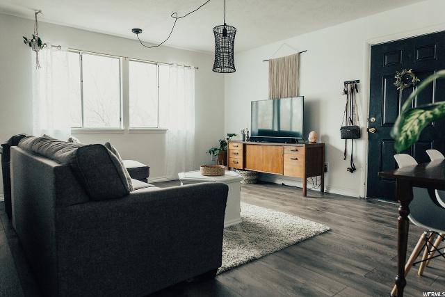 4548 700 EAST, Murray, Utah 84107, 2 Bedrooms Bedrooms, 9 Rooms Rooms,1 BathroomBathrooms,Residential,For Sale,700 EAST,1664949