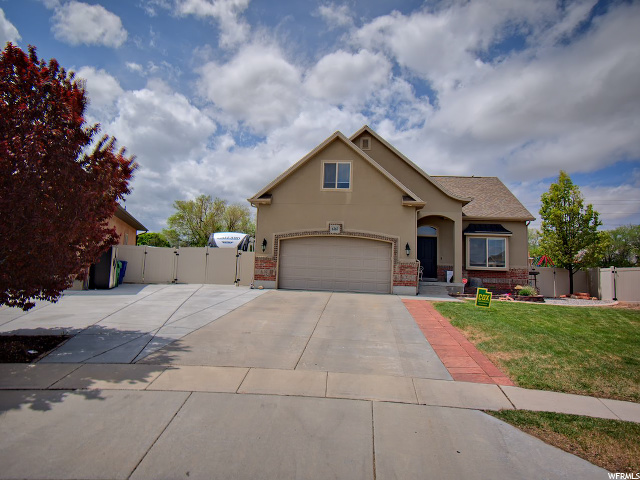6367 DILLAN, Herriman, Utah 84096, 4 Bedrooms Bedrooms, 14 Rooms Rooms,2 BathroomsBathrooms,Residential,For Sale,DILLAN,1670935