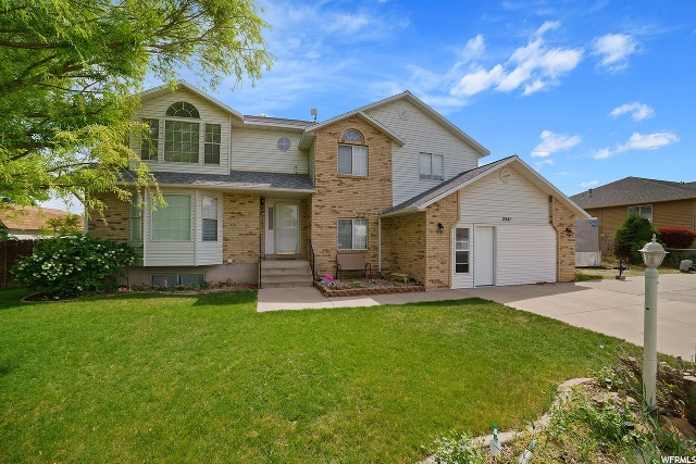 2541 W CHERRY PARK LN, South Jordan UT 84095