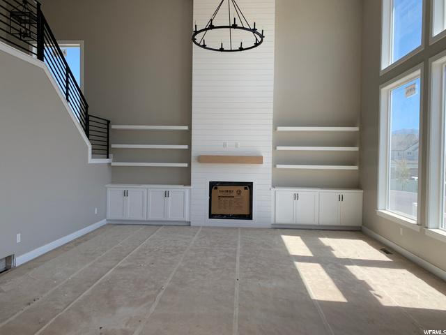 : Great Room- Vaulted Ceilings