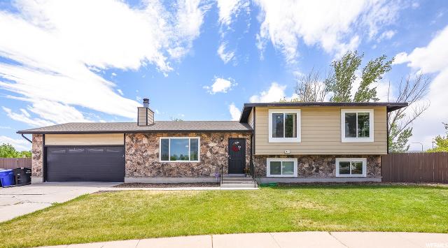 3527 W SCHORR DR, West Jordan, Utah 84084, 6 Bedrooms Bedrooms, ,3 BathroomsBathrooms,Single Family,For Sale,SCHORR,1675648