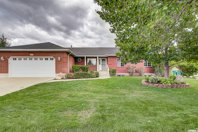 1596 WILLOW DR, Kaysville UT 84037
