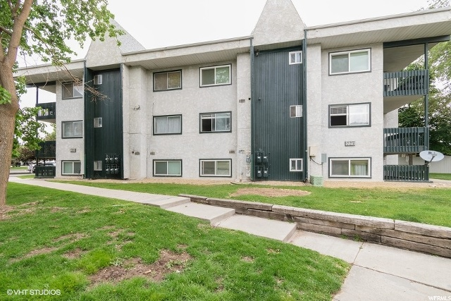 223 E HILL AVE #3, Murray UT 84107