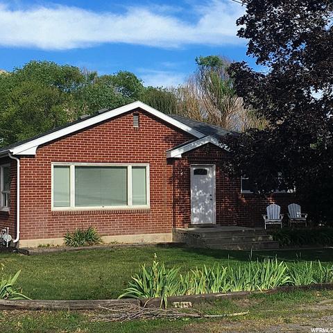 380 600, Pleasant Grove, Utah 84062, 4 Bedrooms Bedrooms, 10 Rooms Rooms,2 BathroomsBathrooms,Residential,For Sale,600,1683076