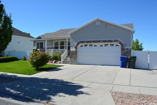 5896 SNOWBUSH LN, West Valley City, Utah 84128, 3 Bedrooms Bedrooms, 11 Rooms Rooms,2 BathroomsBathrooms,Residential Lease,For Sale,SNOWBUSH,1683559