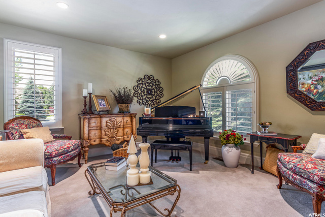 3162 BAVARIAN CT, Sandy, Utah 84093, 3 Bedrooms Bedrooms, 15 Rooms Rooms,2 BathroomsBathrooms,Residential,For Sale,BAVARIAN,1684334