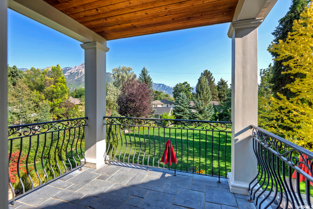 2010 Lincoln, Holladay, Utah 84124, 5 Bedrooms Bedrooms, 29 Rooms Rooms,3 BathroomsBathrooms,Residential,For sale,Lincoln,1691194