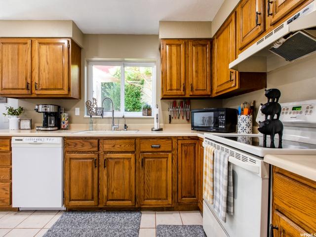 732 Baker, Midvale, Utah 84047, 3 Bedrooms Bedrooms, 11 Rooms Rooms,2 BathroomsBathrooms,Residential,For sale,Baker,1693843