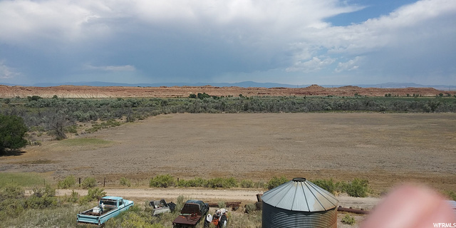 6059 E 4000 S, Roosevelt, Utah 84066, ,Farm,For sale,4000,1694032