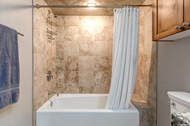 8415 Stonefield, Sandy, Utah 84094, 6 Bedrooms Bedrooms, 15 Rooms Rooms,3 BathroomsBathrooms,Residential,For sale,Stonefield,1696708