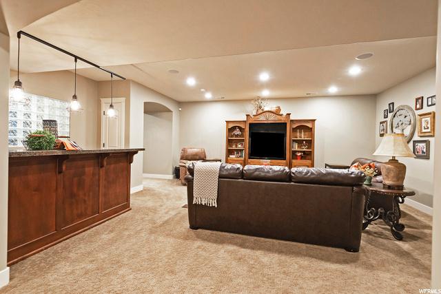 2154 Oak, Layton, Utah 84040, 4 Bedrooms Bedrooms, 18 Rooms Rooms,2 BathroomsBathrooms,Residential,For sale,Oak,1703363