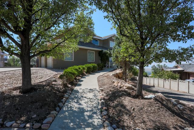 Your Dream Utah Property 812 000 3702 S 400 E Bountiful Ut 84010 Property Details Mls 1710660 Utahrealestate Com