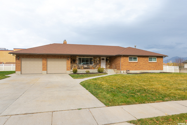 2266 W WILLIAMSBURG CIR, West Jordan UT 84088