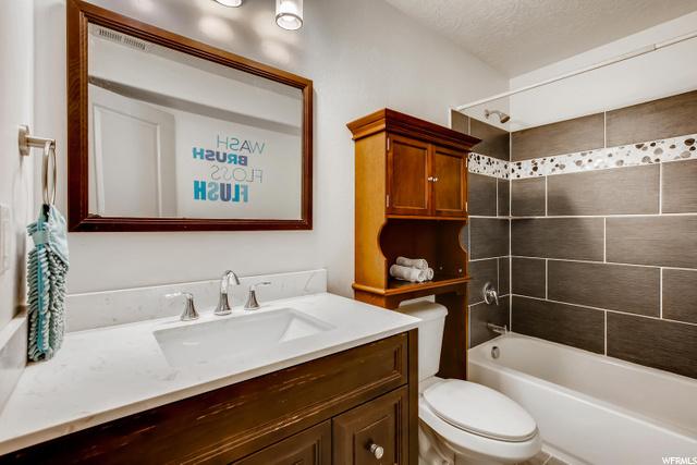 6274 N VERNON E, Eagle Mountain, Utah 84005, 6 Bedrooms Bedrooms, 15 Rooms Rooms,3 BathroomsBathrooms,Residential,For sale,VERNON,1713938