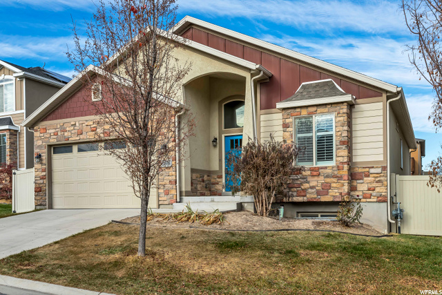 3898 W TOTTORI DUNE DR, South Jordan UT 84095