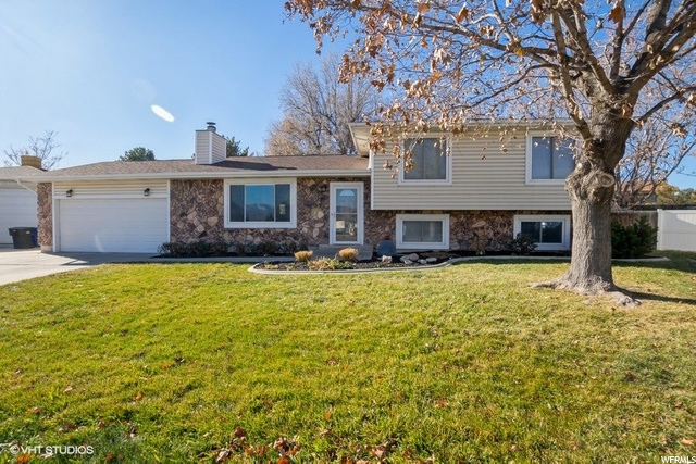 1953 W SINGING WOOD CT, West Jordan UT 84084