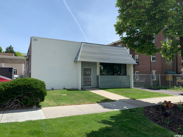 215 S 400 E, Salt Lake City, Utah 84111, ,Commercial Sale Commercial Lease,For sale,400,1719415