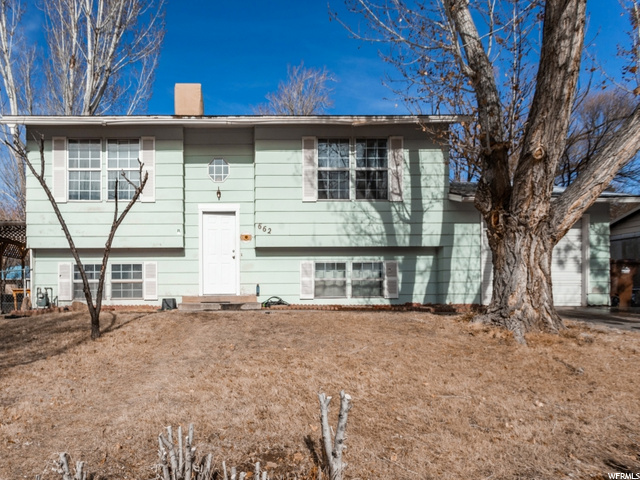 662 BARTLETT, Moab, Utah 84532, 4 Bedrooms Bedrooms, 9 Rooms Rooms,2 BathroomsBathrooms,Residential,For sale,BARTLETT,1721781