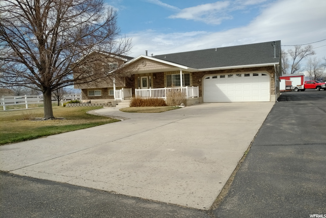 Front of Property- 30 x 48   2 Bay doors 12 Wide 9-5 High  Middle of Property- 36 x 36  2 Sliding doors 10-6 Wide 7-6 High  Back of Property- 40 x 60  3 Bay Doors 12 Wide (2) 12 High (1) 14 High    Pool table and large safe included with property sale. Property also comes with 2 water shares. Home was added on and updated in 2001.