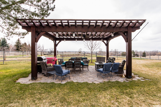 Outdoor living ideal for summer bbqs