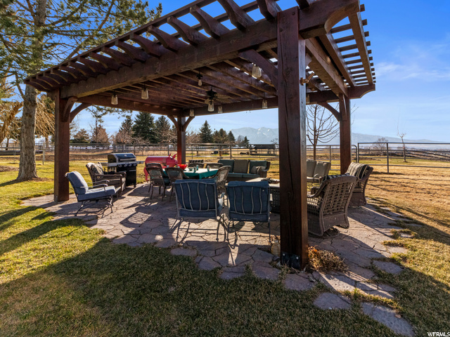 Outdoor pergola with outdoor furniture included and 360 degree views