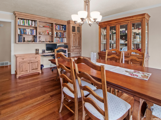 Formal dining and home office