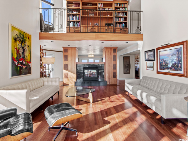 Great room with library loft