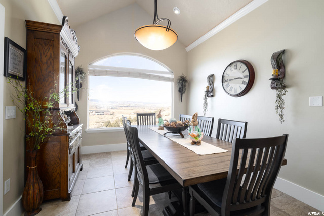Large area for dining table with views!
